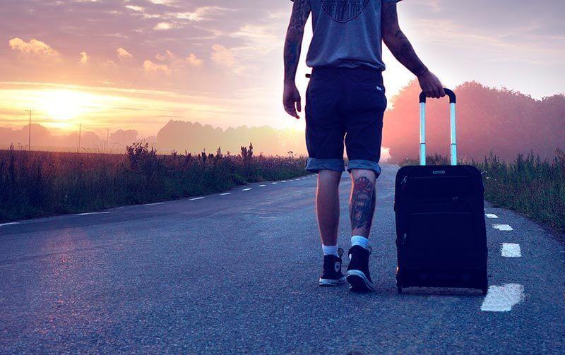 Equipo de buceo para viajar ligero de equipaje..