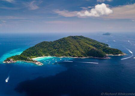 viaje-de-buceo-similan-islands-vida-a-bordo-grupo-islas