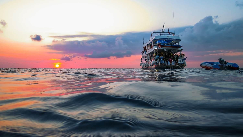 viaje-de-buceo-vida-a-bordo-similan-islands-viaje-en-grupo