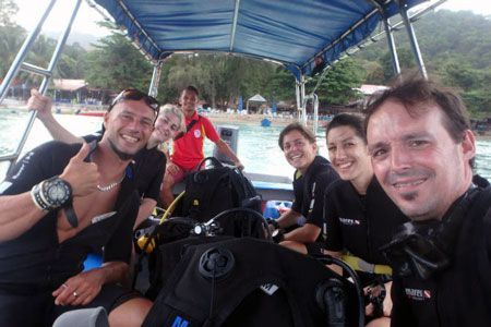 viajes de buceo a medida clientes Malasia