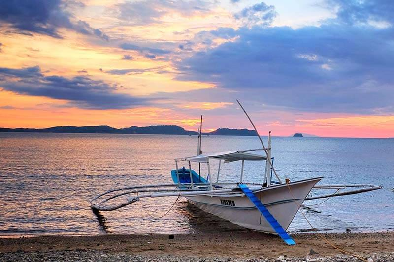 viaje de buceo a anilao curso fotosub resort filipinas barcas