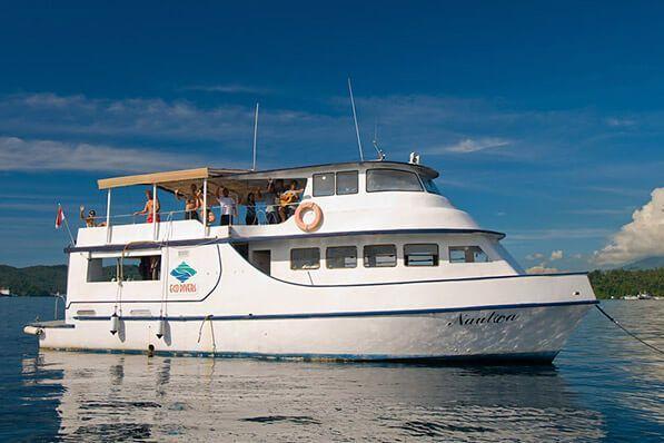 viaje de buceo lembeh y bunaken barco de buceo