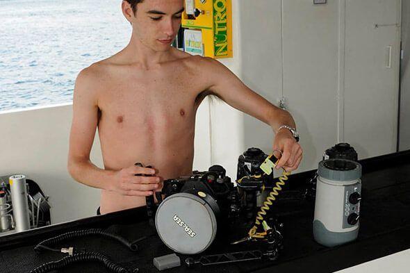 viaje de buceo lembeh y bunaken curso de fotografia submarina barco