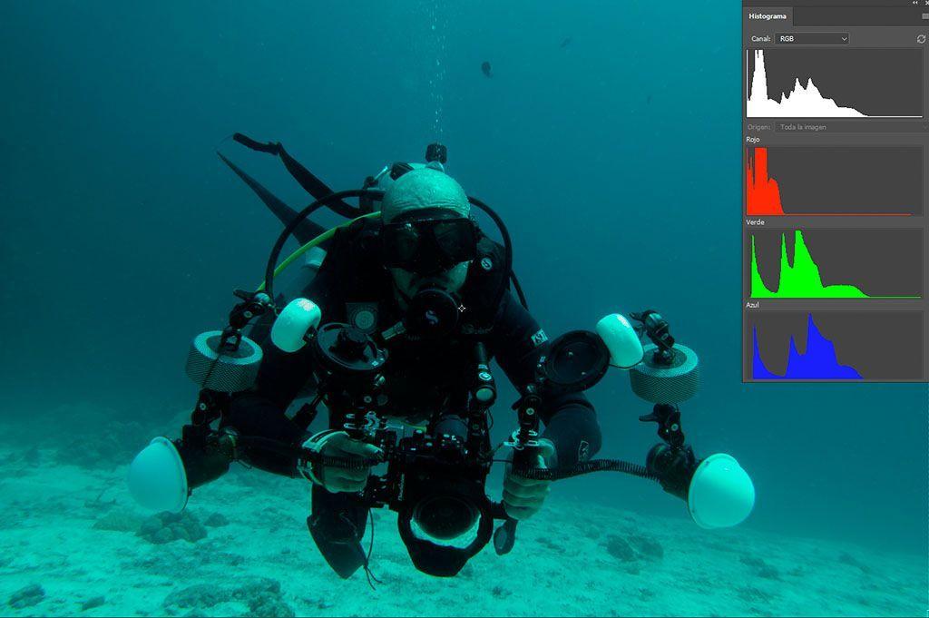histograma rgb fotografías submarinas el canal rojo sin disparar el flash