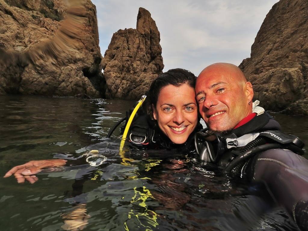 Efra y annabel en los destinos de buceo de españa
